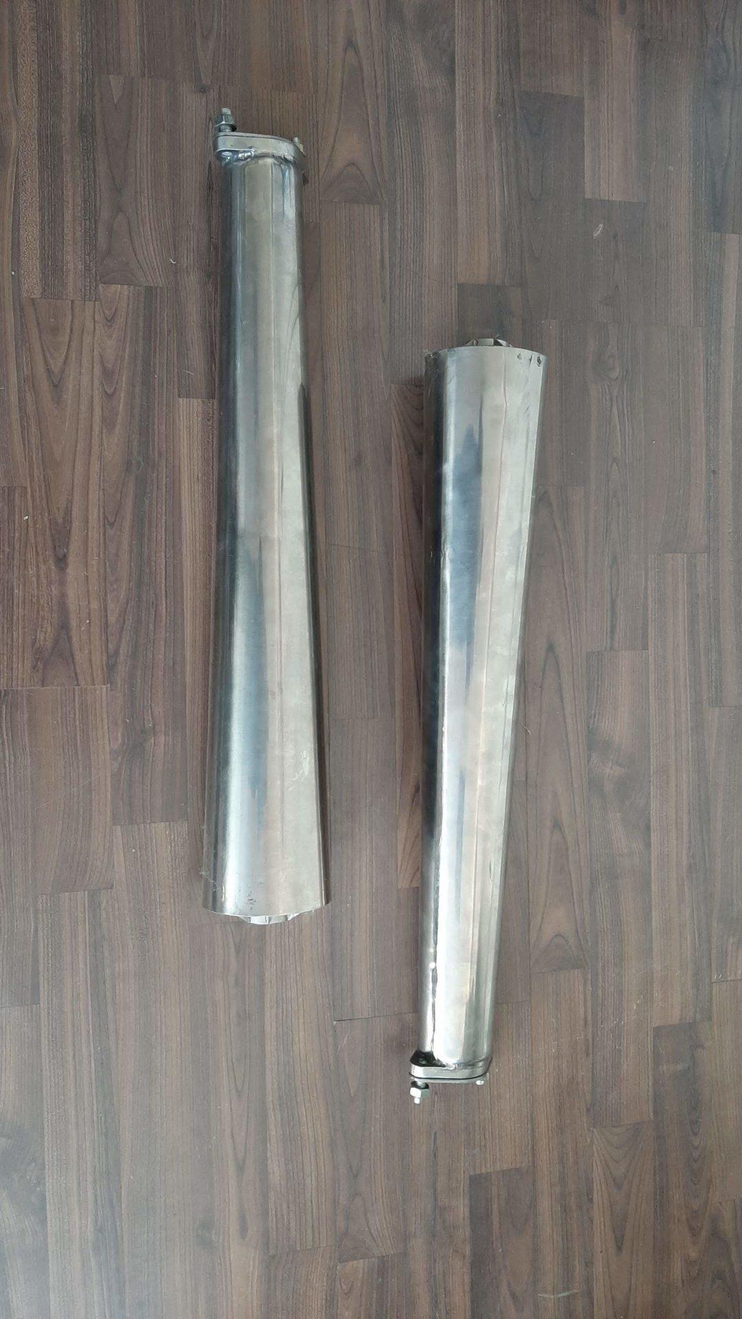 Trompeten/Megaphone aus Stahl (Satz) Image